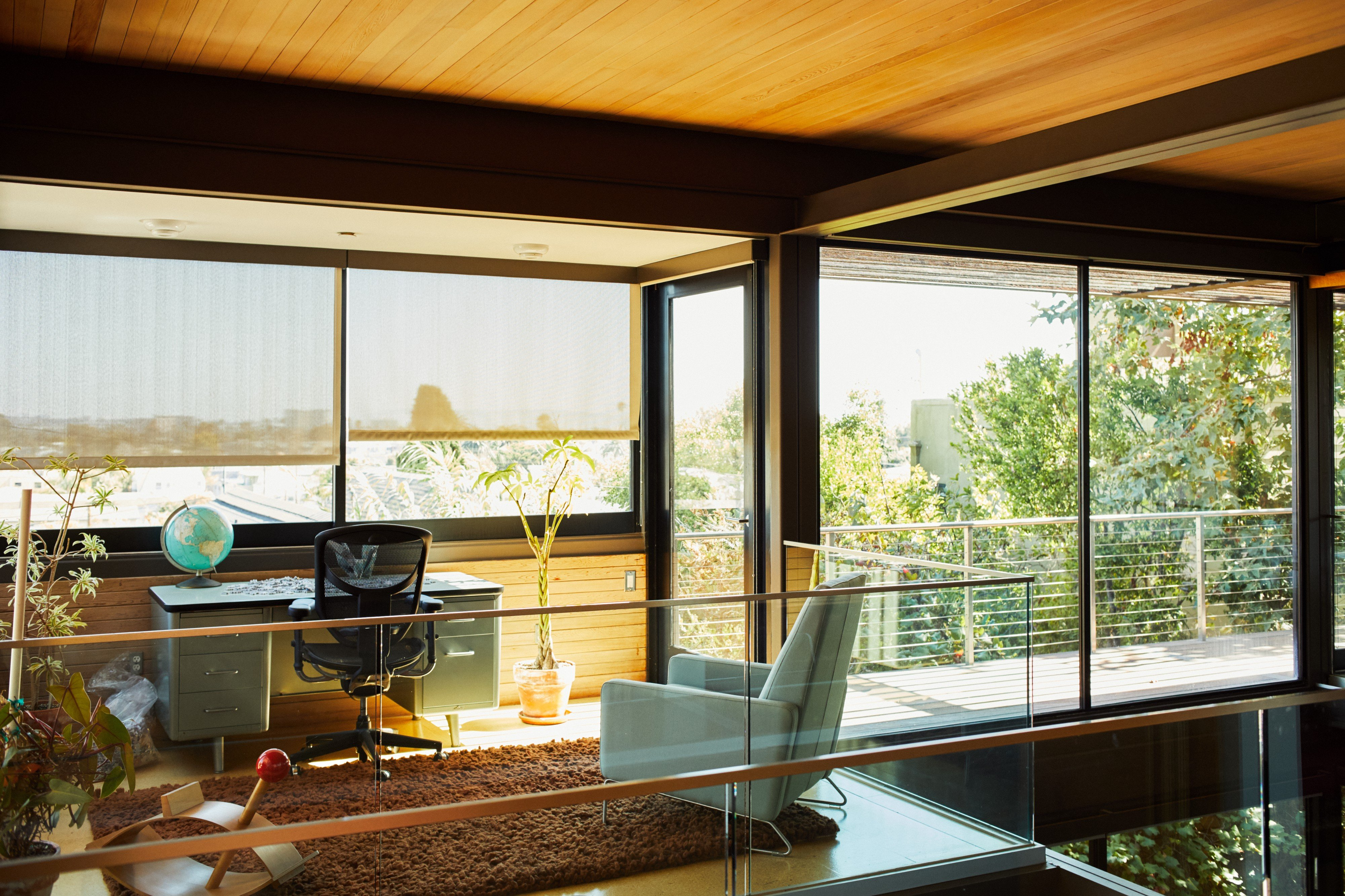 Plant Prefab's modular homes designed by famous California modernist Ray Kappe—also the architect behind Glenn's reconfigurable home pictured here—sell for over a million dollars.