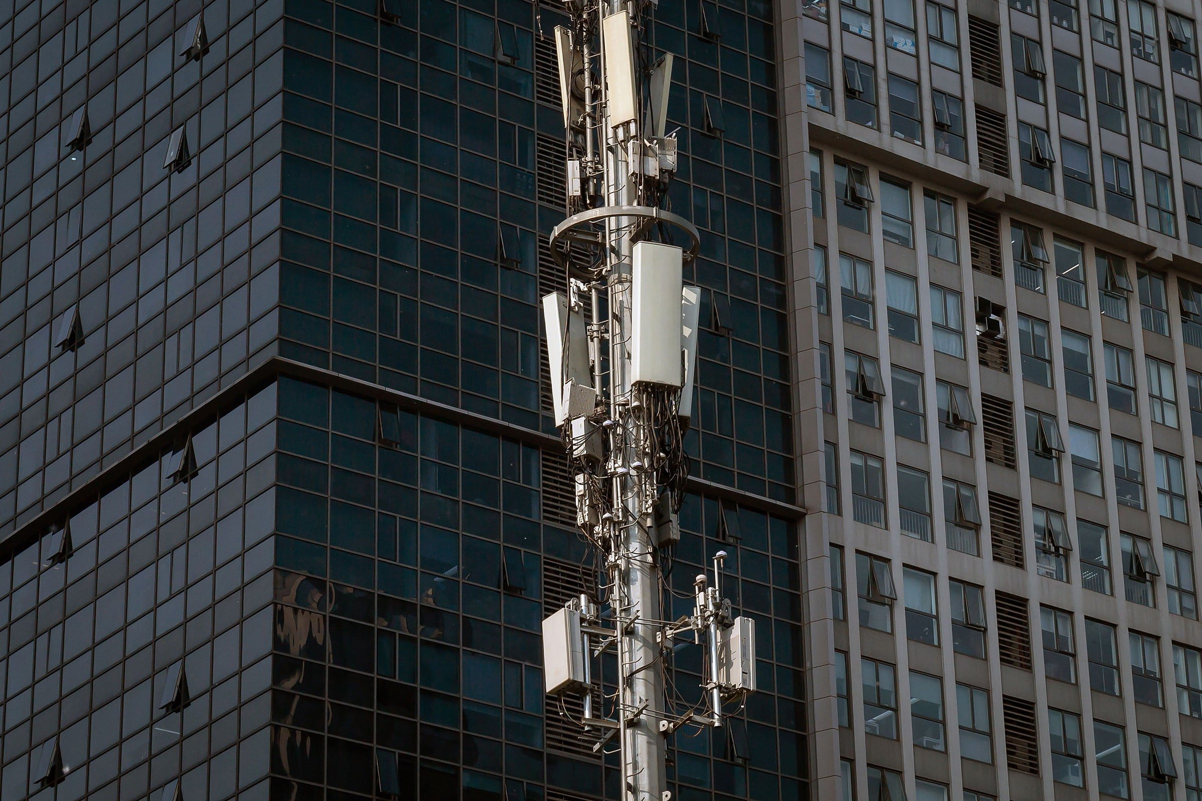 5G Was Going to Unite the World—Instead It's Tearing Us Apart
